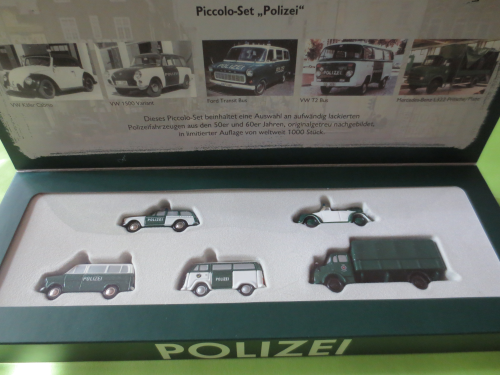 Schuco Piccolo Poizei Set